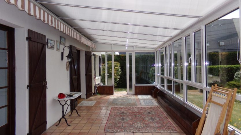 superb 330 m² house of which 200 m² is habitable