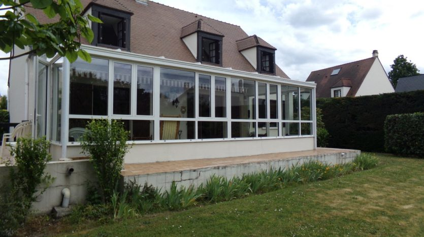 For sale Croissy sur Seine in a research district